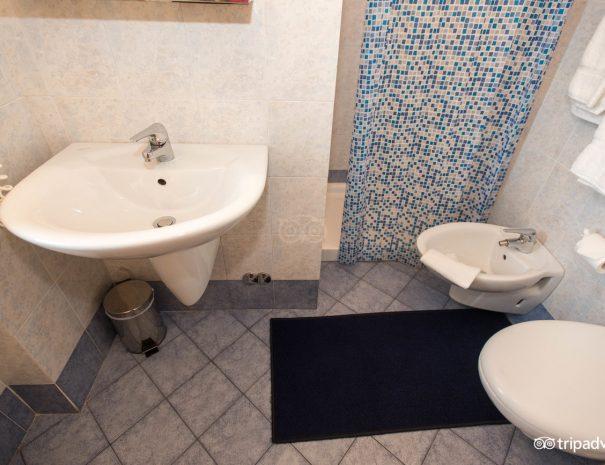 single-room--v10551368